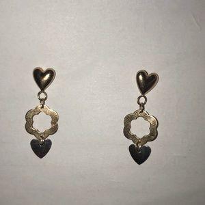 14 carrot gold heart flower earrings